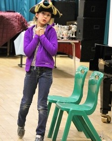 th-004-performing-judy-mill