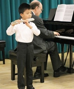 th-009-playing-bach-s-march
